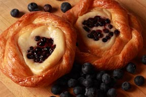 CREAM CHEESE DANISH -